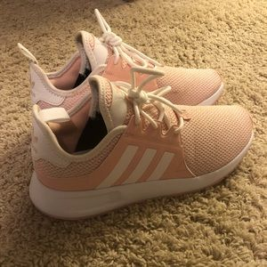 Adidas Cloud form gym shoes
